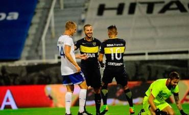 Boca le ganó Vélez y mantiene la distancia en la punta del campeonato