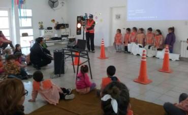 Se organiza una jornada educativa sobre transito
