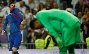 Messi marcó el gol 500 en el final y Barcelona venció a Real Madrid en el Bernabéu