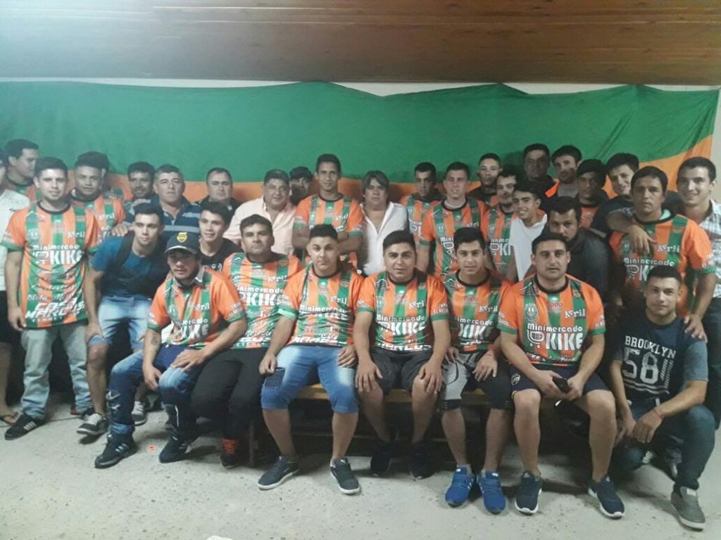 El Club Atlético Itati presento su indumentaria oficial