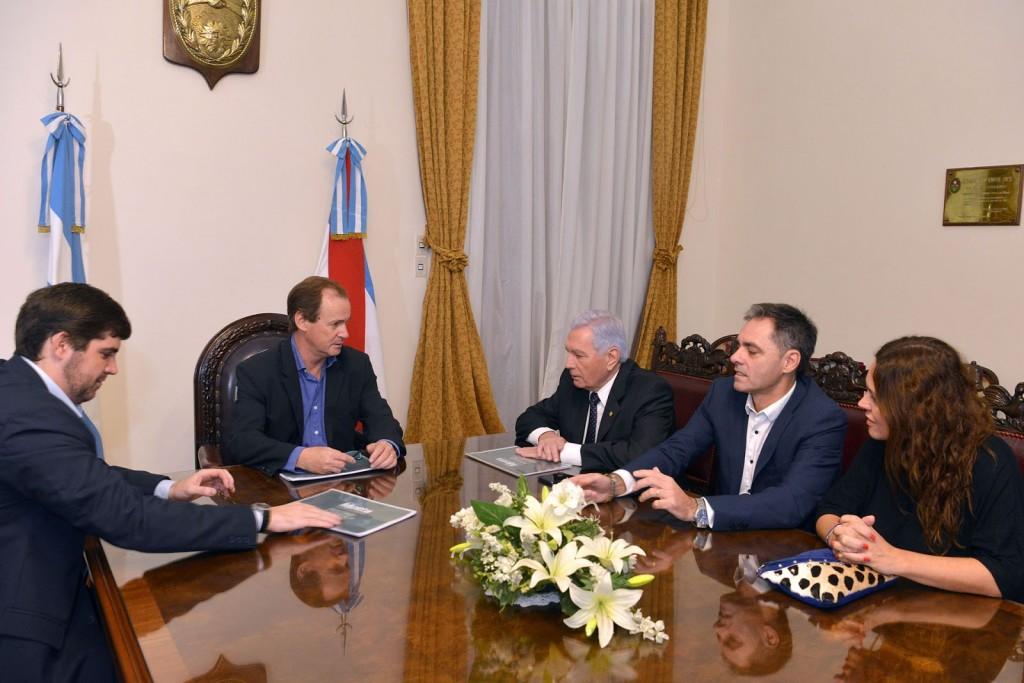 Emprendimiento avícola en Bernardi demandará una inversión estimada entre 15 y 20 millones de dólares