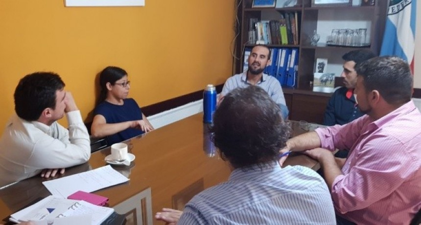 Importante reunión del Municipio con el Instituto del Seguro