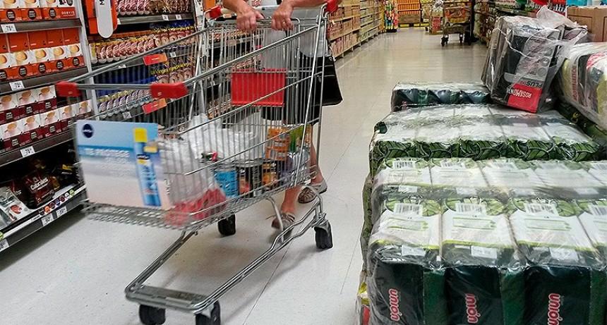 La inflación no baja: Prevén que rondará el 2,5 por ciento en abril