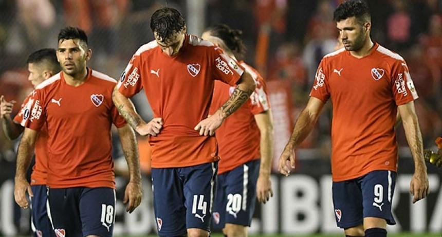 Independiente perdió ante Corinthians como local y complicó las aspiraciones en la Libertadores