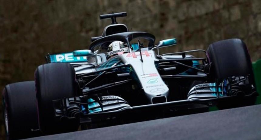 Fórmula 1: Lewis Hamilton se quedó con la victoria en Bakú