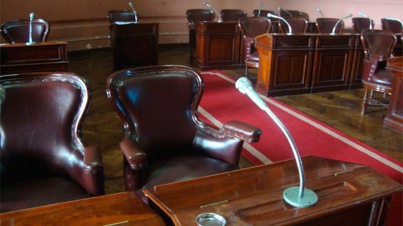 Legisladores provinciales buscan conservar la banca y otros van por intendencias
