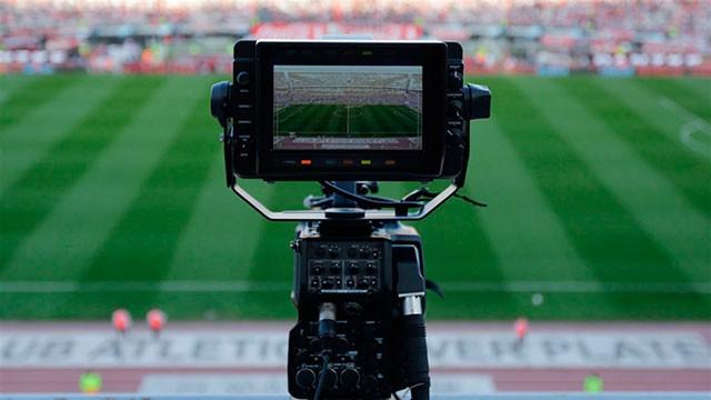 Los clubes de la Superliga se disputan el reparto del dinero a través del rating
