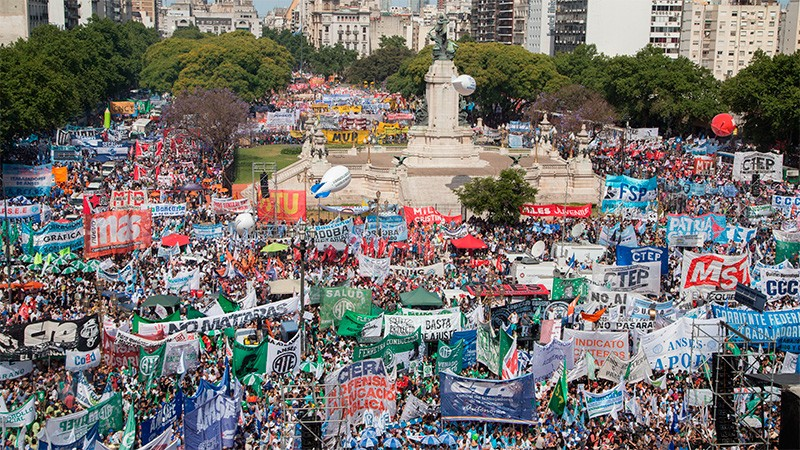 El paro del martes irá acompañado de movilización: habrá ollas populares