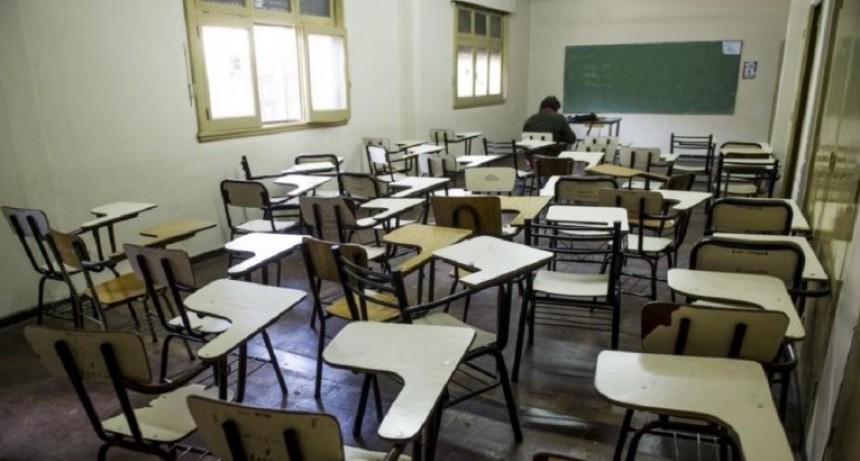 Quieren por ley poner límite de cinco días de paro docente en el año