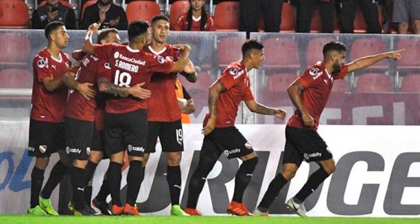 Independiente goleó en su debut en la Copa Sudamericana