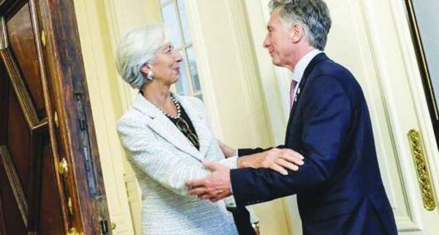 El FMI enviará USD 10.870 millones, pero pide más ajuste e impuestos y asegura que la inflación es