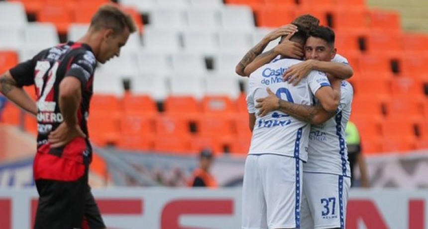 Patronato cayó por penales ante Godoy Cruz y quedó eliminado de la Copa de la Superliga