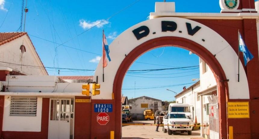 La provincia invierte en la reparación de equipos y maquinarias viales para atender la red caminera