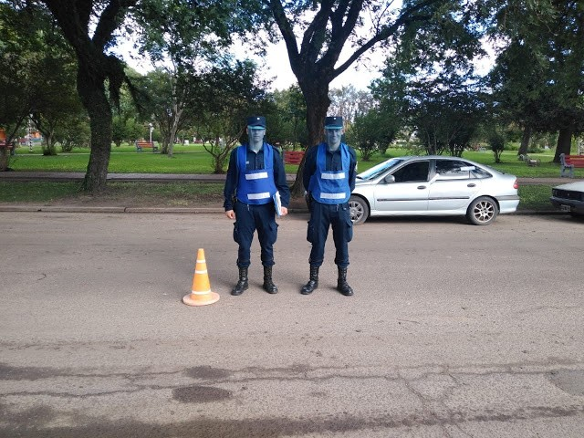 Personal policial recibió mascaras faciales de donación