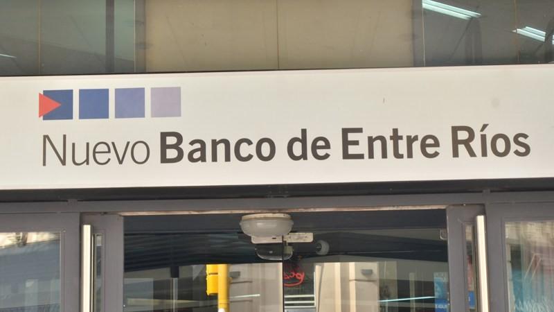 Oficializaron los horarios de atención de los bancos durante el fin de semana