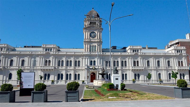 Gobierno provincial acordó con el Bersa 1.000 millones de pesos en créditos