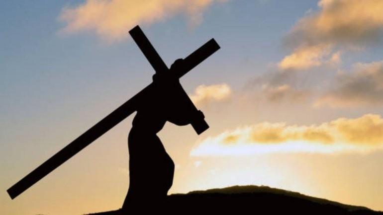 Los cristianos conmemoran el Viernes Santo: qué se recuerda