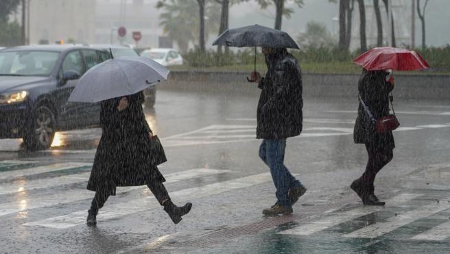 Anuncian lluvias y descenso de temperaturas en Entre Ríos