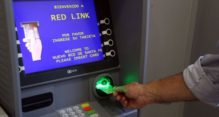 Aumentan a $15.000 el monto de extracción diaria por cajeros automáticos