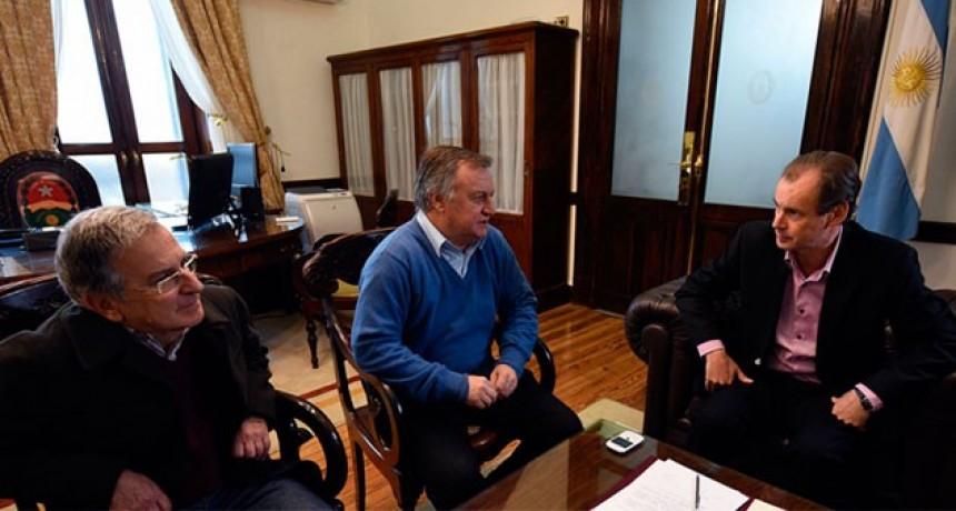 El Gobernador Bordet anunció que no habrá cortes de servicios a las Entidades Deportivas Entrerrianas