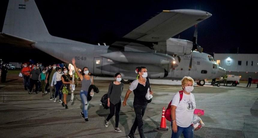 Gobierno habilitó 18 vuelos para repatriar argentinos varados en el exterior