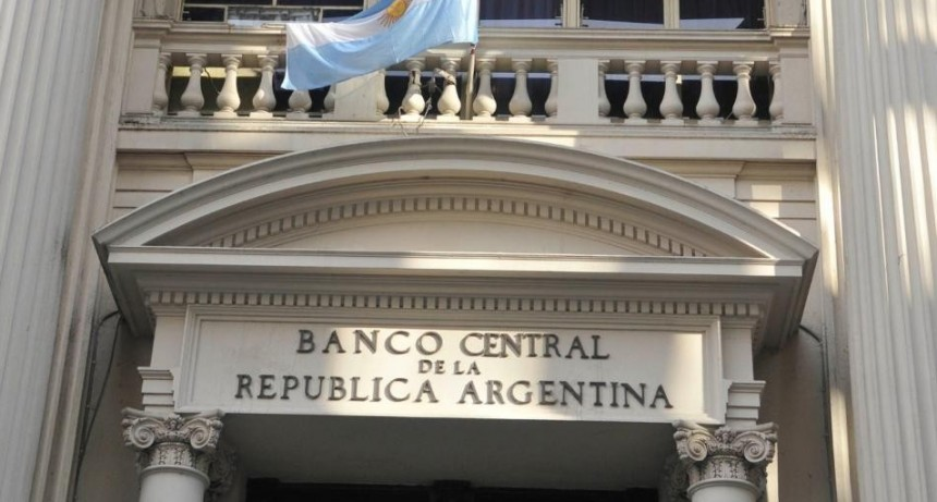 Amplían a partir del lunes las operaciones que se pueden realizar en los bancos