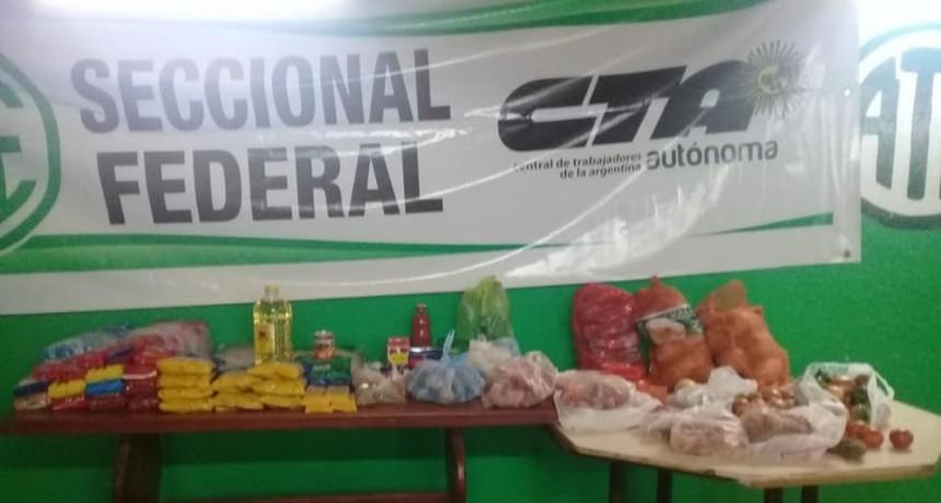 Este fin de semana la Seccional de Ate entrega viandas alimentarias en Barrio El Silbido
