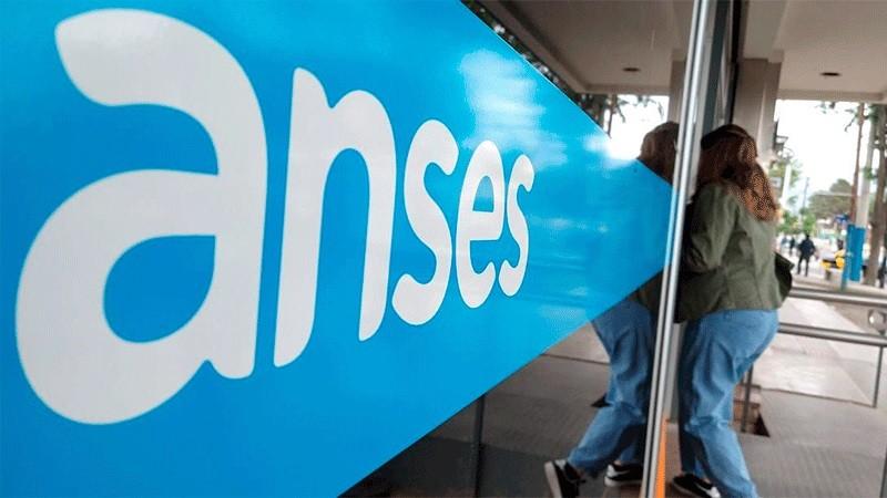 Jubilaciones, AUH y otros beneficios de ANSES: Quiénes cobran este jueves