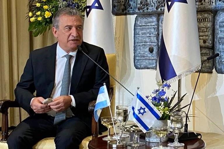 """Urribarri: """"En Israel hubo confinamientos muy severos junto con la vacunación"""""""