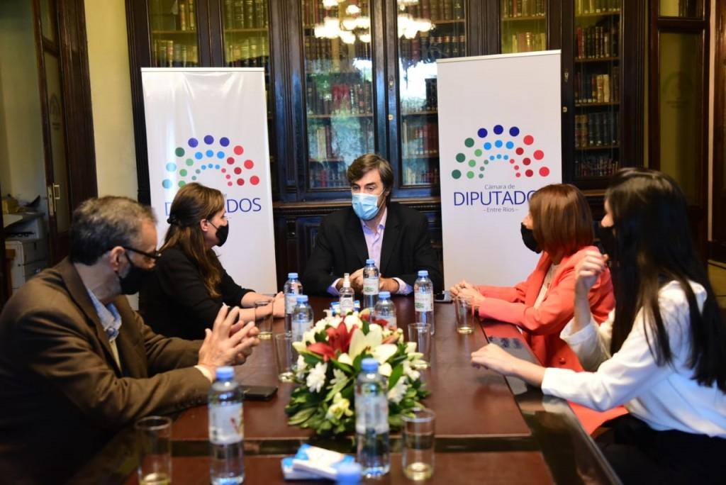 """La Cámara de Diputados firmó un convenio con la secretaría de Cultura y el Museo Provincial """"Eva Perón"""""""