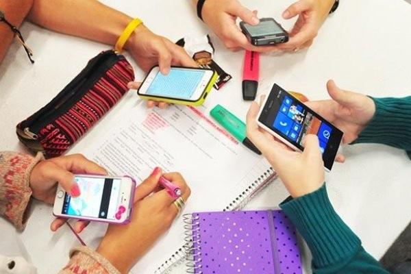 El Gobierno congelará los precios de celulares y otros electrónicos