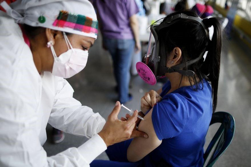 Coronavirus: ¿cuál es la vacuna más efectiva? y otras 10 preguntas resueltas por un experto