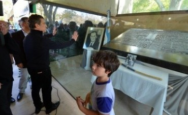 Sergio Urribarri conmemoró el Día del Trabajador en la Quinta de San Vicente