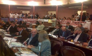 Diputados de la provincia rechazaron el accionar de Rubén Almarás