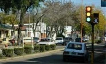 Semaforizan nuevas calles de Federal