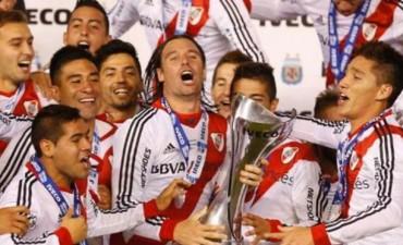 La mitad del país festeja el 35º campeonato de RIVER