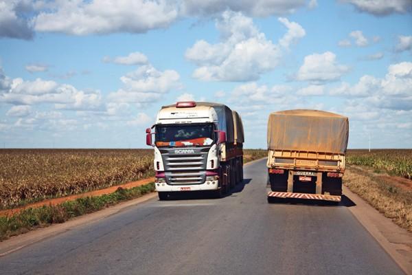 Con jefes policiales, Diputados analizará ampliar la fiscalización del transporte de carga