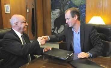 Bordet anunció un plan de promoción comercial para Pymes
