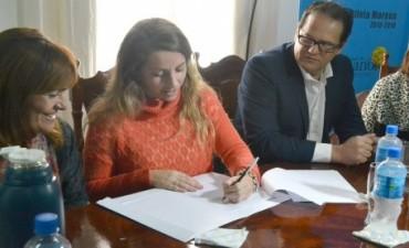 La provincia lanzó en Feliciano el programa Mil techos 2016