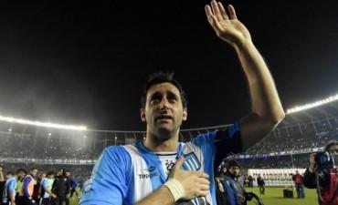Ocho títulos en 17 años: Milito cerró su carrera en Avellaneda