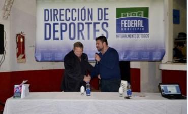 El Lic. Alfredo Legarreta brindo charla sobre Gestión en Deportes