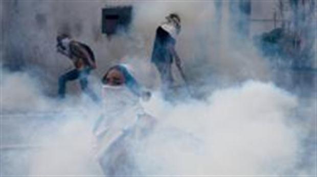 ¿Por qué los gases lacrimógenos se usan para dispersar protestas pero están prohibidos en las guerras?