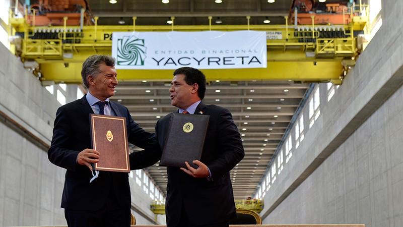 Macri y Cartes firmaron un acuerdo por el Ente Binacional Yacyretá