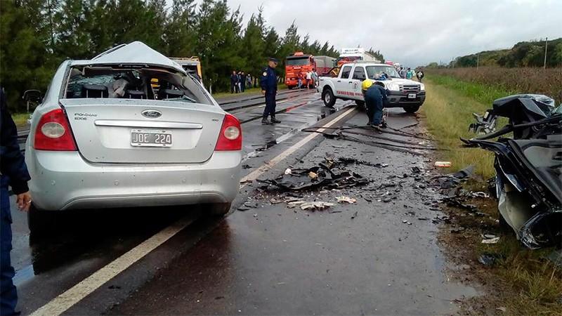 Cinco muertos por choque frontal en la Ruta 26: Tres de las víctimas son niños