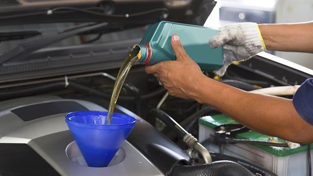 Lubricantes para el auto: cuándo cambiarlo y qué tener en cuenta para cuidar el motor