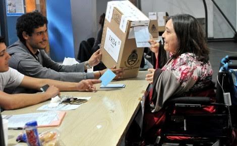 Personas con discapacidad pueden elegir la escuela para emitir su voto