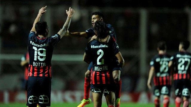 El milagro de San Lorenzo: ganó sobre la hora y se metió en los octavos de la Libertadores