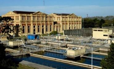 Argentina deberá pagar 384 millones de dólares por rescindir el contrato de Aguas Argentinas