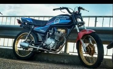 Personal policial de Federal recupero moto que fue denunciada como robada