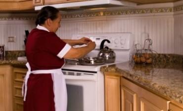 Empleadas domésticas: Buscan bancarizar el pago del sueldo